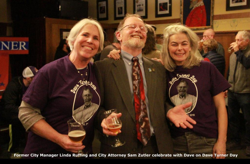 Dave celebrates with former City Manager Linda Ruffing and City Attorney Sam Zutler