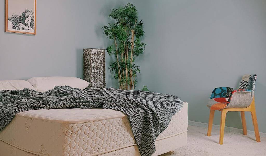 healthy mattress & bedroom